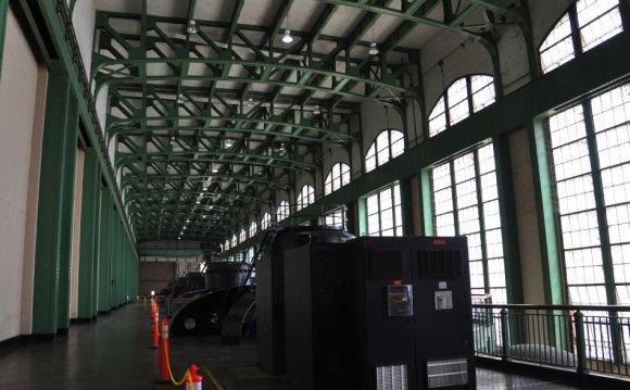 The 2 station service units