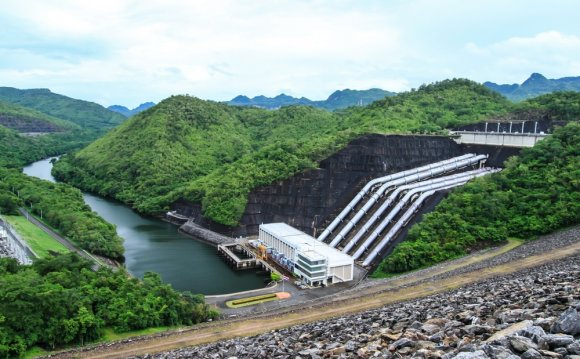 Hydro, wind power booms in