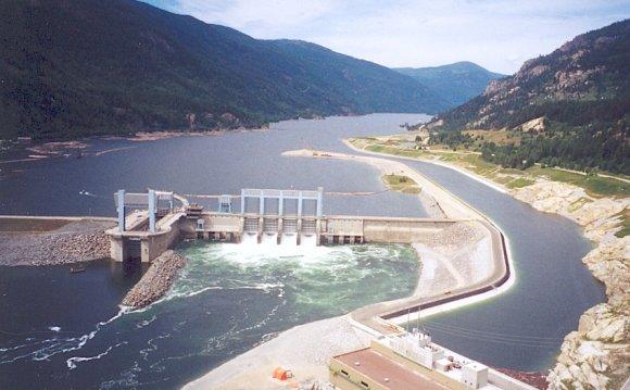 Hugh Keenleyside Dam and the