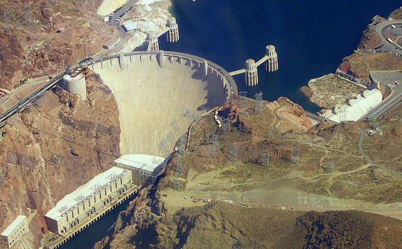How to make a hydroelectric dams?