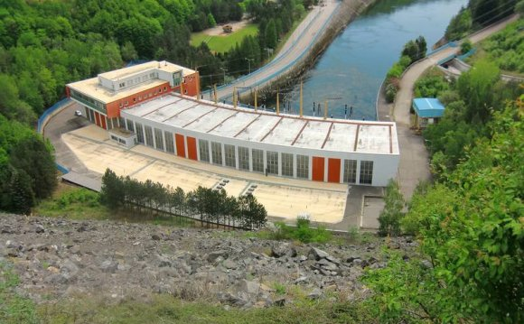 Types of hydroelectric power stations